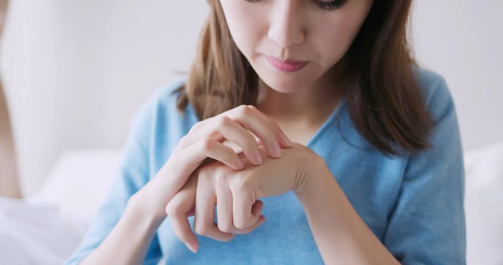 了解皮膚敏感4大成因 中醫分享戒口食物清單|草本藥膏推介 舒緩紅腫痕