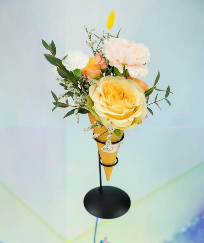 甜筒造型鮮花花束