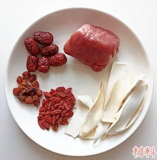 健脾益氣 淮山豬展湯材料