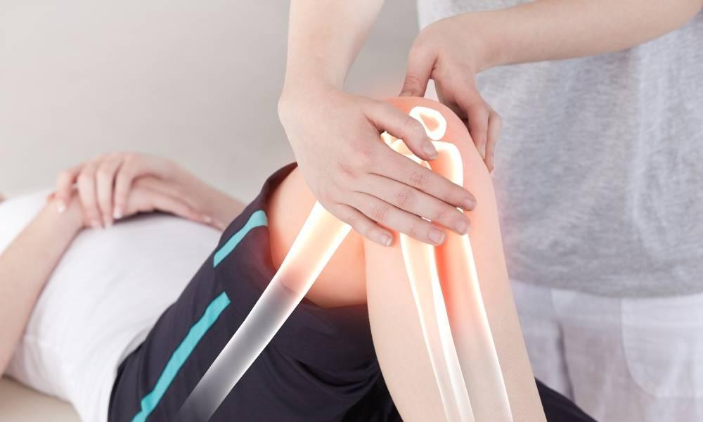 關節痛不只是老人病 | 退化性關節炎特徵+4招護膝關節