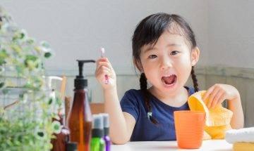 對抗牙周病 5招防禦牙垢膜積聚方法 孩子換牙也不怕恆齒殺手