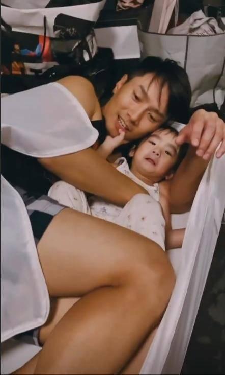陳柏宇縱容女兒壞習慣