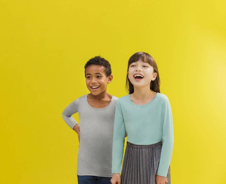 秋冬必備UNIQLO HEATTECH保暖內衣,採用獨特纖薄嘅物料,將人體肌膚釋出嘅水分濕氣轉化成熱能!