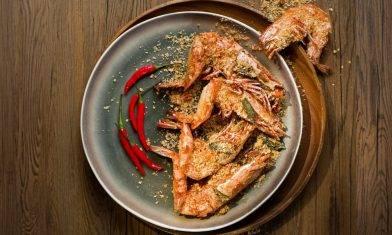 【今晚食乜餸】麥皮虎蝦彈牙香口 新加坡名菜|酒店大廚教快炒秘訣10分鐘煮好