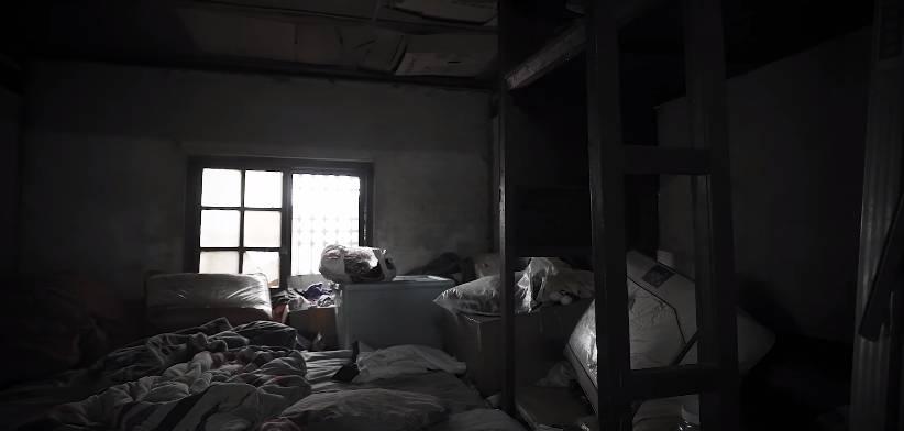 基層家庭居住環境惡劣(「中國信託慈善基金會」影片截圖)