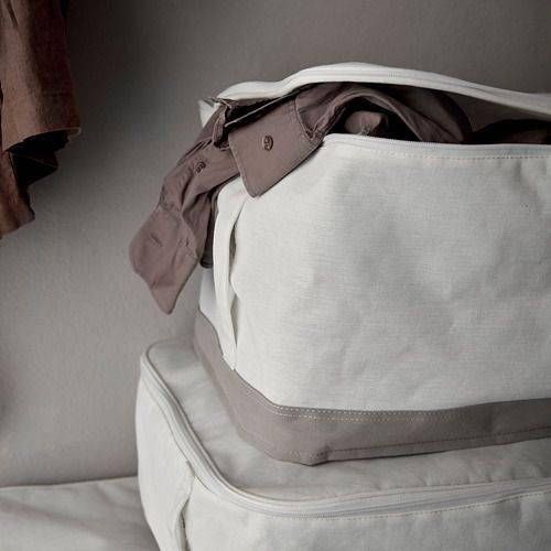 LACKISAR收納盒尺寸大,備有通風網設計,最啱收納冬衣或棉被。
