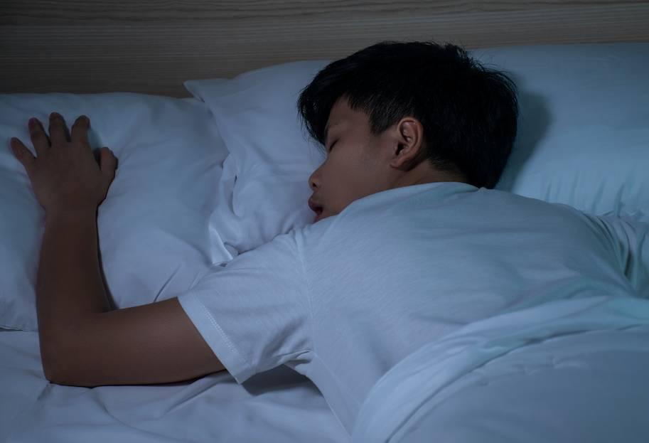 睡眠窒息症不容忽視!嚴重可影響兒童智力發展 專科醫生拆解睡眠窒息症3大種類與預防方法