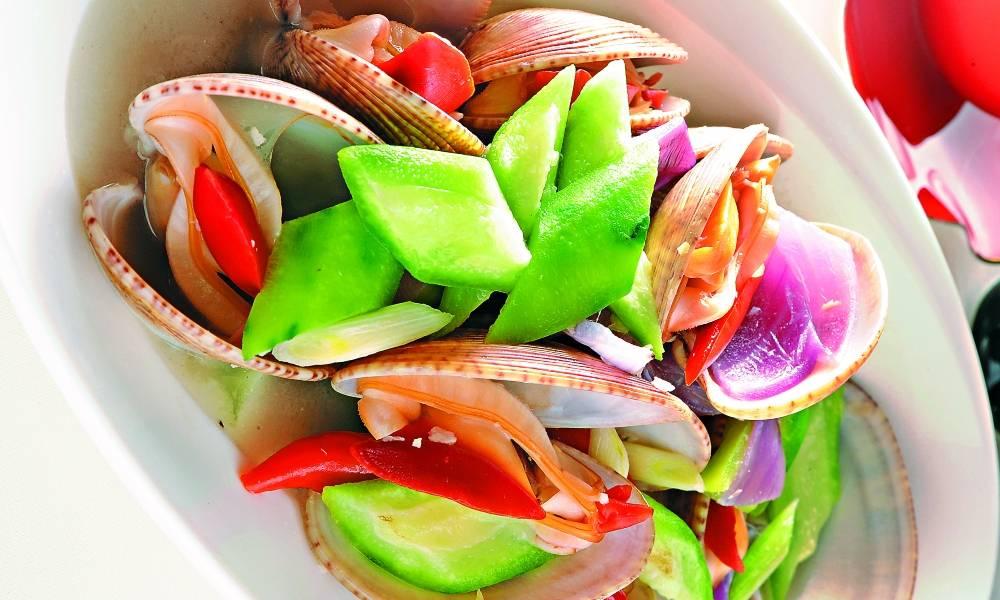 【今晚食乜餸】勝瓜煮花甲 10分鐘鮮味食譜