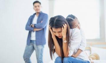 港媽嫌棄老公收入、學歷低 另結有米荀盤想離婚:想帶個女生活好啲