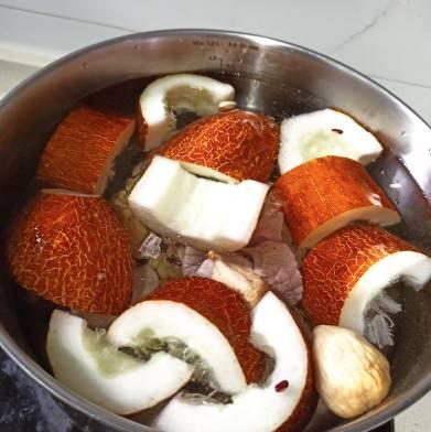 去濕健脾 老黃瓜雙豆無花果湯做法