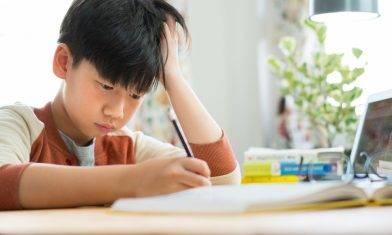 孩子字體看性格 見兒子寫字歪斜心怕處事無要求 森美分享自家練字法【森美專欄】