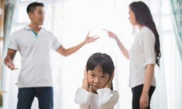 要求加家用催谷囡囡入女拔 丈夫拒絕 校友港媽發文惹網民譏諷