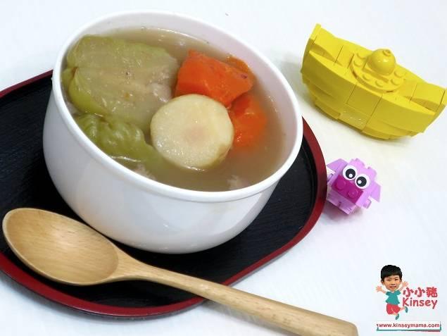 立夏養生湯水食譜2. 合掌瓜馬蹄椰棗瘦肉湯