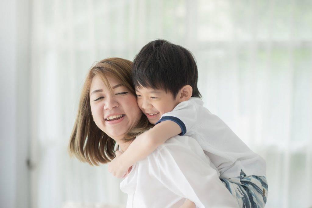 七歲兒子胎內記憶落淚大爆「天上選媽媽」過程 一句話令媽媽愕然