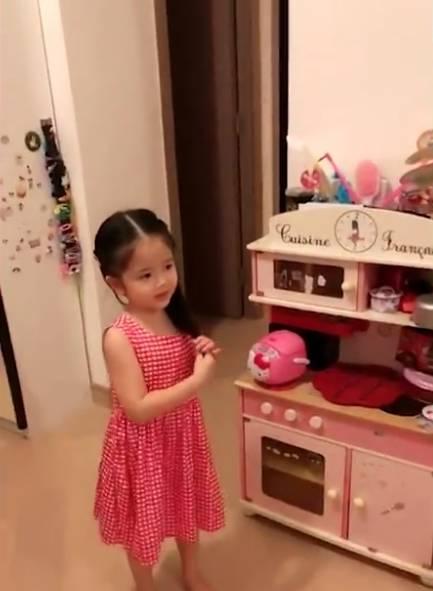 姚樂怡爆老公內地工作曾失聯(TVB節目《日日媽媽聲》電視截圖)