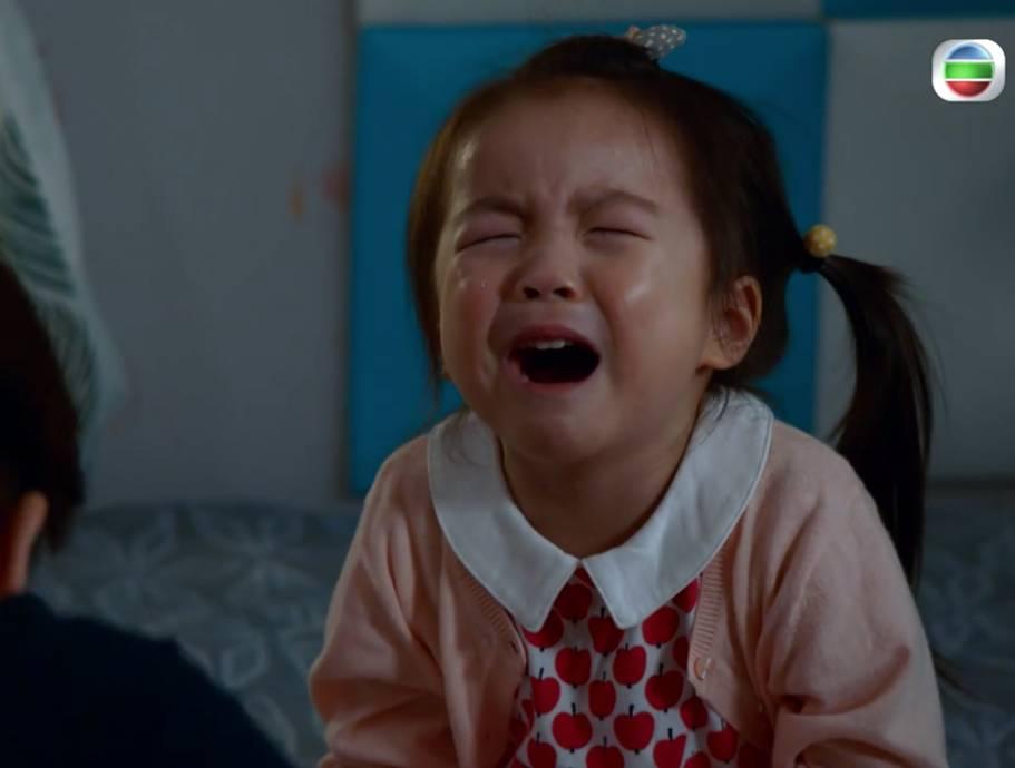 童星梁芯語喊戲被監製力讚(圖片來源:TVB劇集《寶寶大過天》電視截圖)