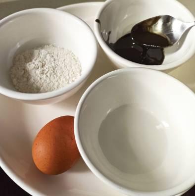 星期四茶點快速食譜:香煎黑芝麻小餅乾(圖片來源:Kylife與二寶之日常)