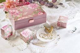 木製首飾禮盒(圖片來源:香港朗廷酒店)
