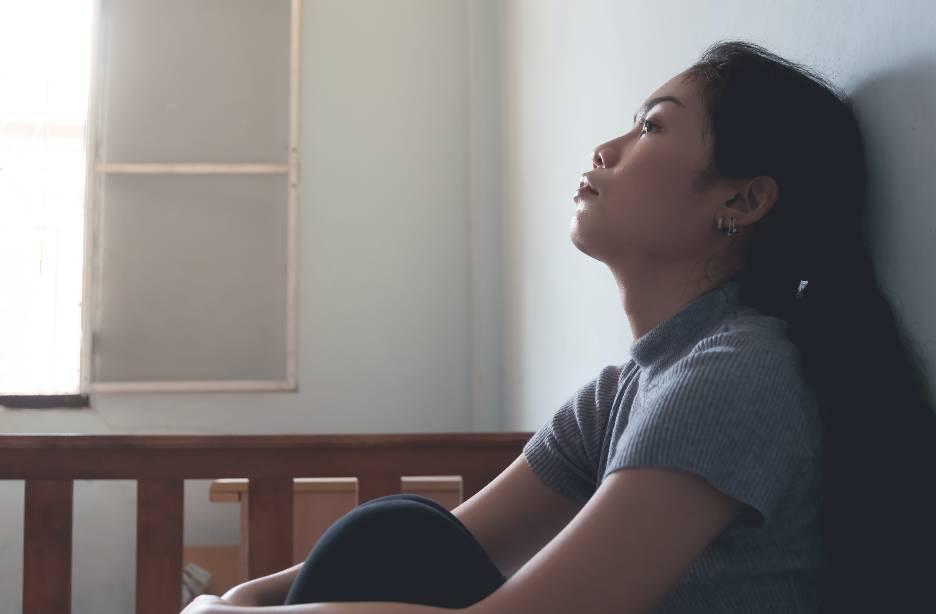 凌晨獨自出廳喊(圖片來源:Shutterstock)