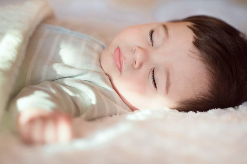 宋熙年3招睡眠訓練 一落床即瞓(圖片來源:shutterstock)