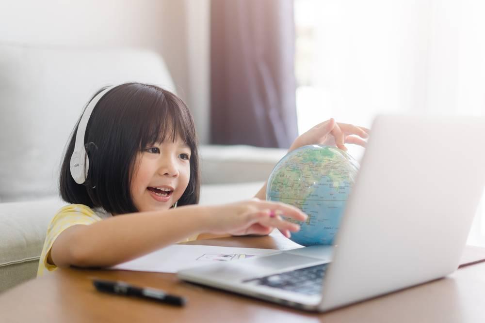 吃魚肉可幫助腦部發展、讓孩子變聰明(圖片來源:shutterstock)