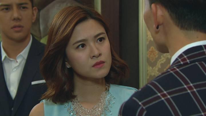 裙腳老公變陣 放棄老婆力撐媽媽(圖片來源:TVB劇集《過街英雄》劇照)