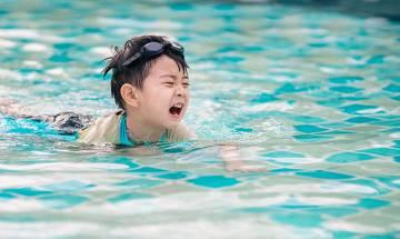 Staycation|5歲仔於酒店泳池遇溺掙扎成分鐘 港媽吐9字拒落水被批